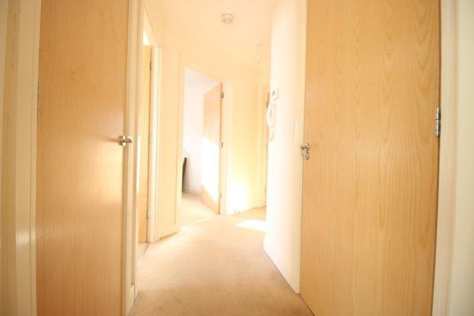 entrance-hall-s