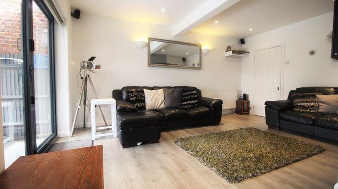 lounge-2-s