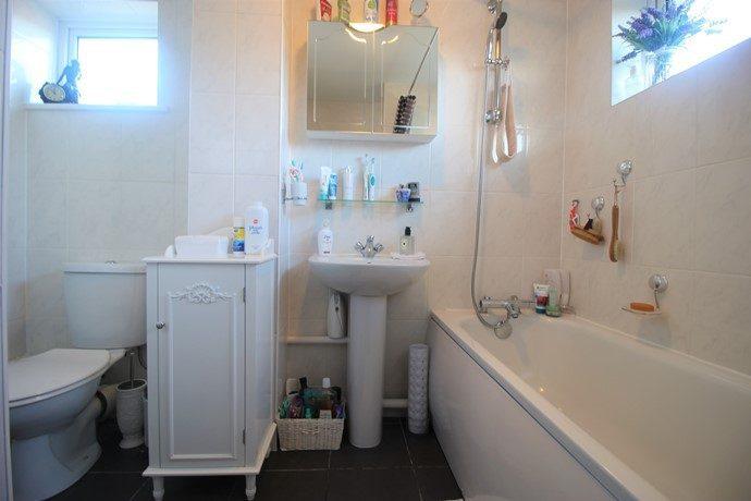 bathroom-s