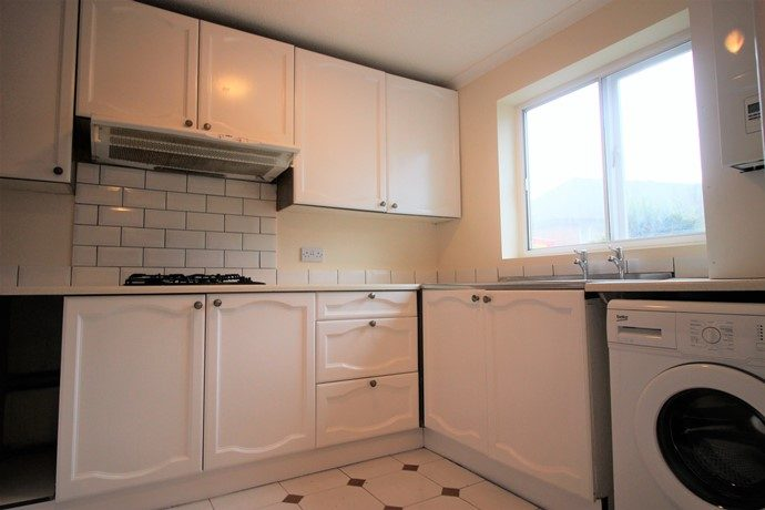 Kitchen (s)