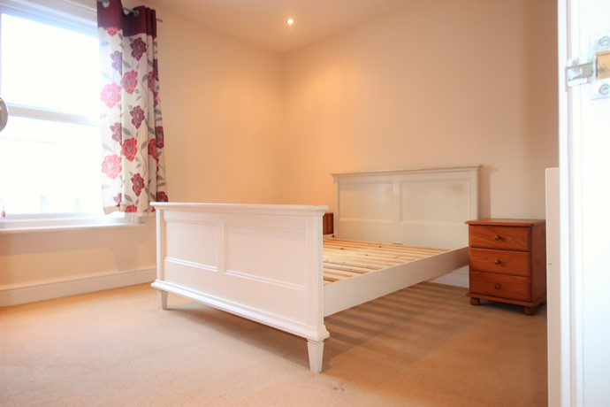Two Double Bedroom Split Level Flat in Redhill