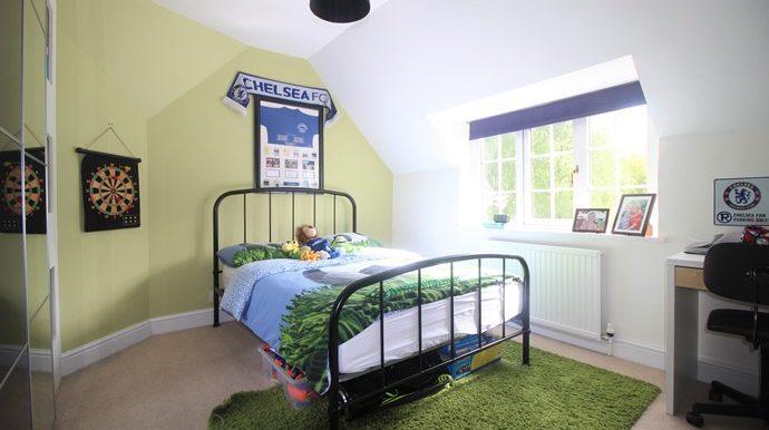 Bedroom 2.2 (s)