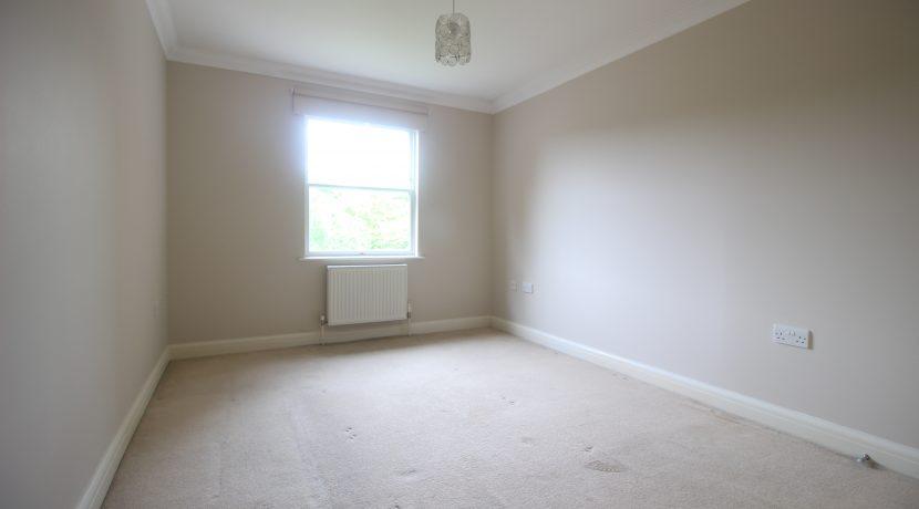 Master Bedroom (s)