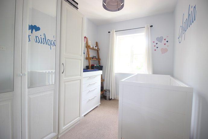 bedroom2(s)