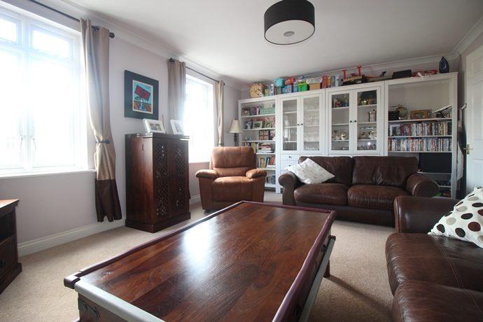 lounge(s)