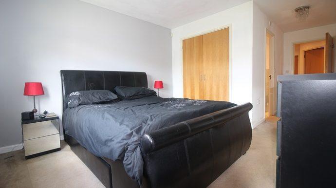 Master Bedroom 1 (s)