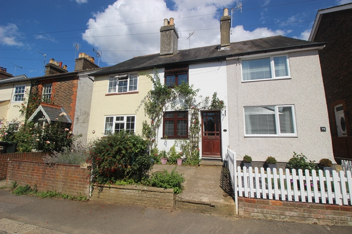 Two Double Bedroom Cottage In Reigate