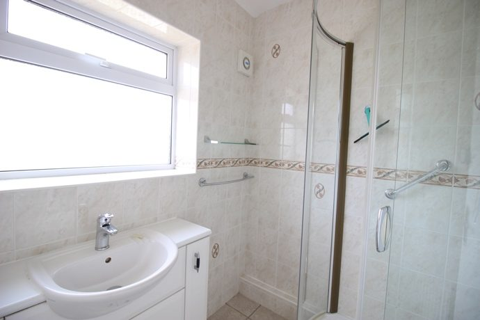Shower Room (s)
