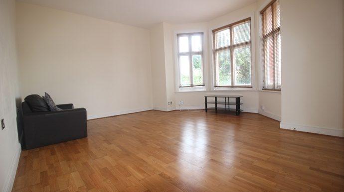 Studio Room (s)