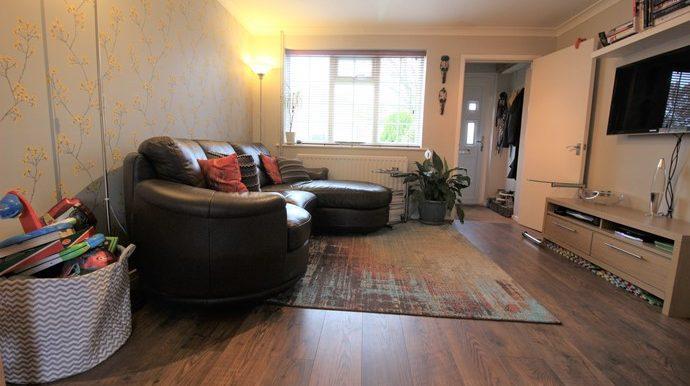 Lounge 2 (s)
