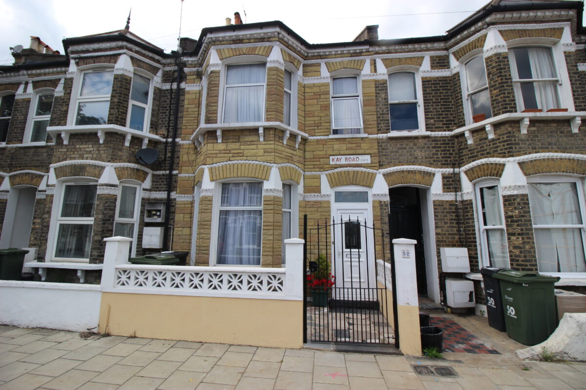 Three Double Bedroom Property Ideal for Commuters