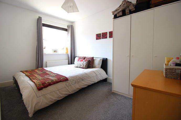 bedroom 2 s